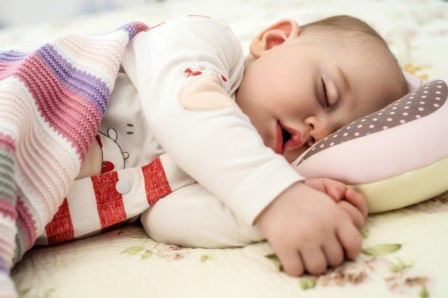 somnul la bebelusi