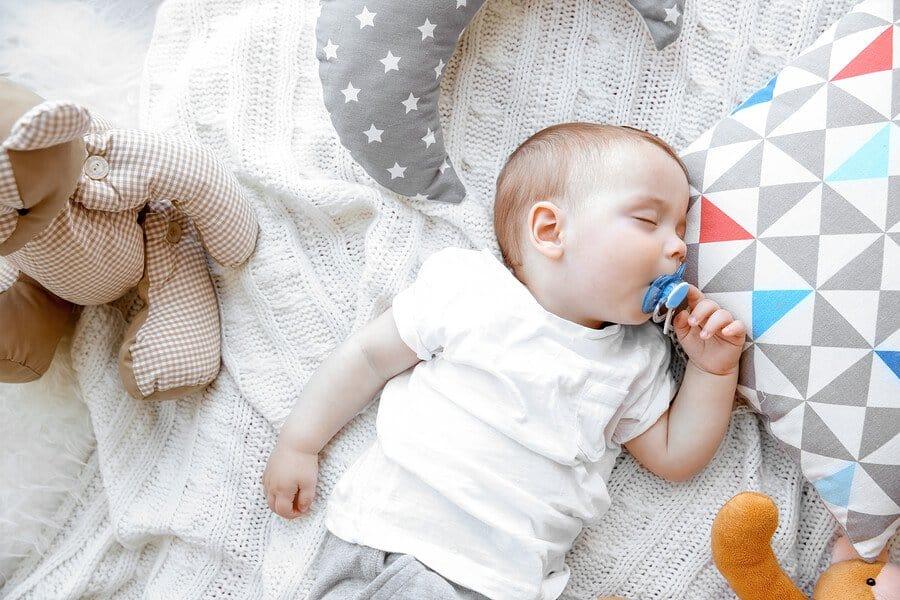 Dormi, copile drag